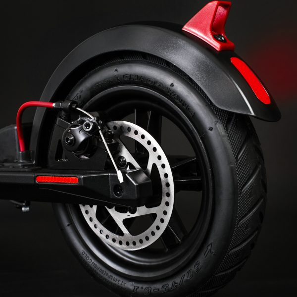 GXL V2 tyres and disc brakes