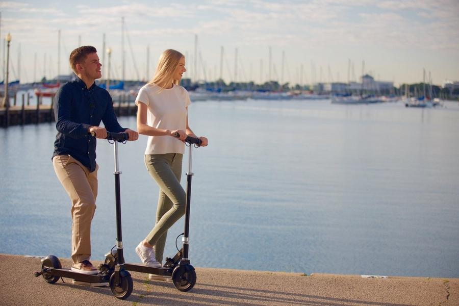 Glion Dolly Scooter Speed and distance