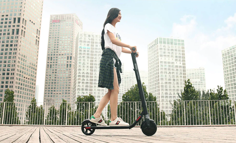 cheap commuting electric scooter