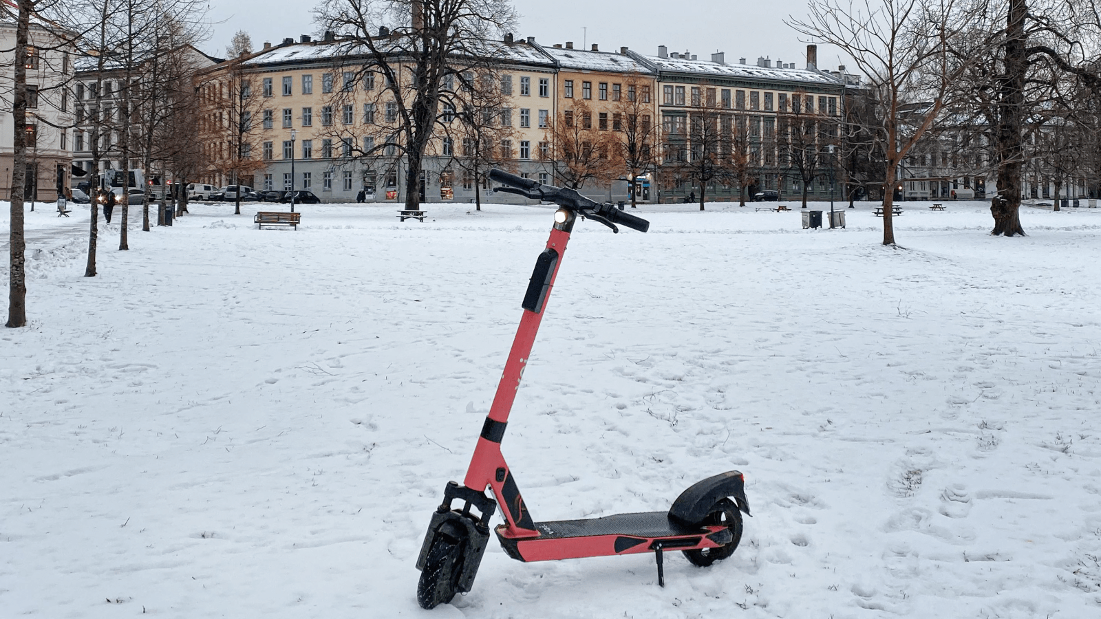 Electric Scooter in Vancouver / eScooter in snow
