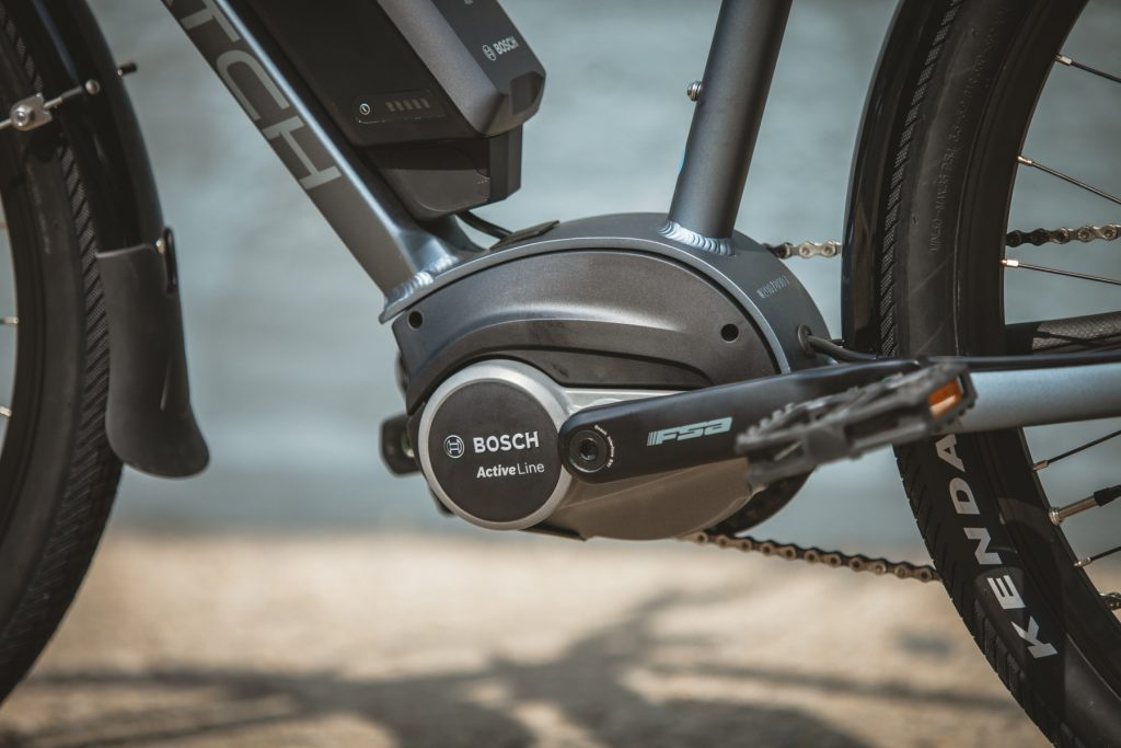 Bosch electric bike with mid-drive motor and battery